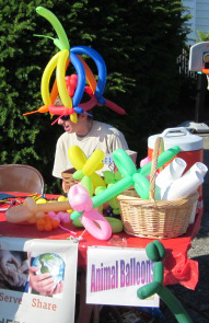 Balloon guy at info booth